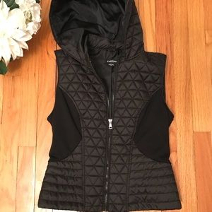 BEBE: Quilted Ultra Lightweight Luxe Vest (Hooded)